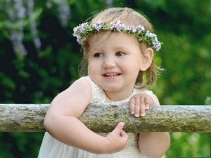 girl, Kid, wreath, Pole, Flowers, smiling
